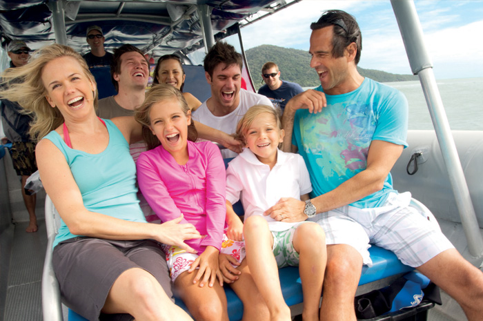 feature image for Cairns Family tours